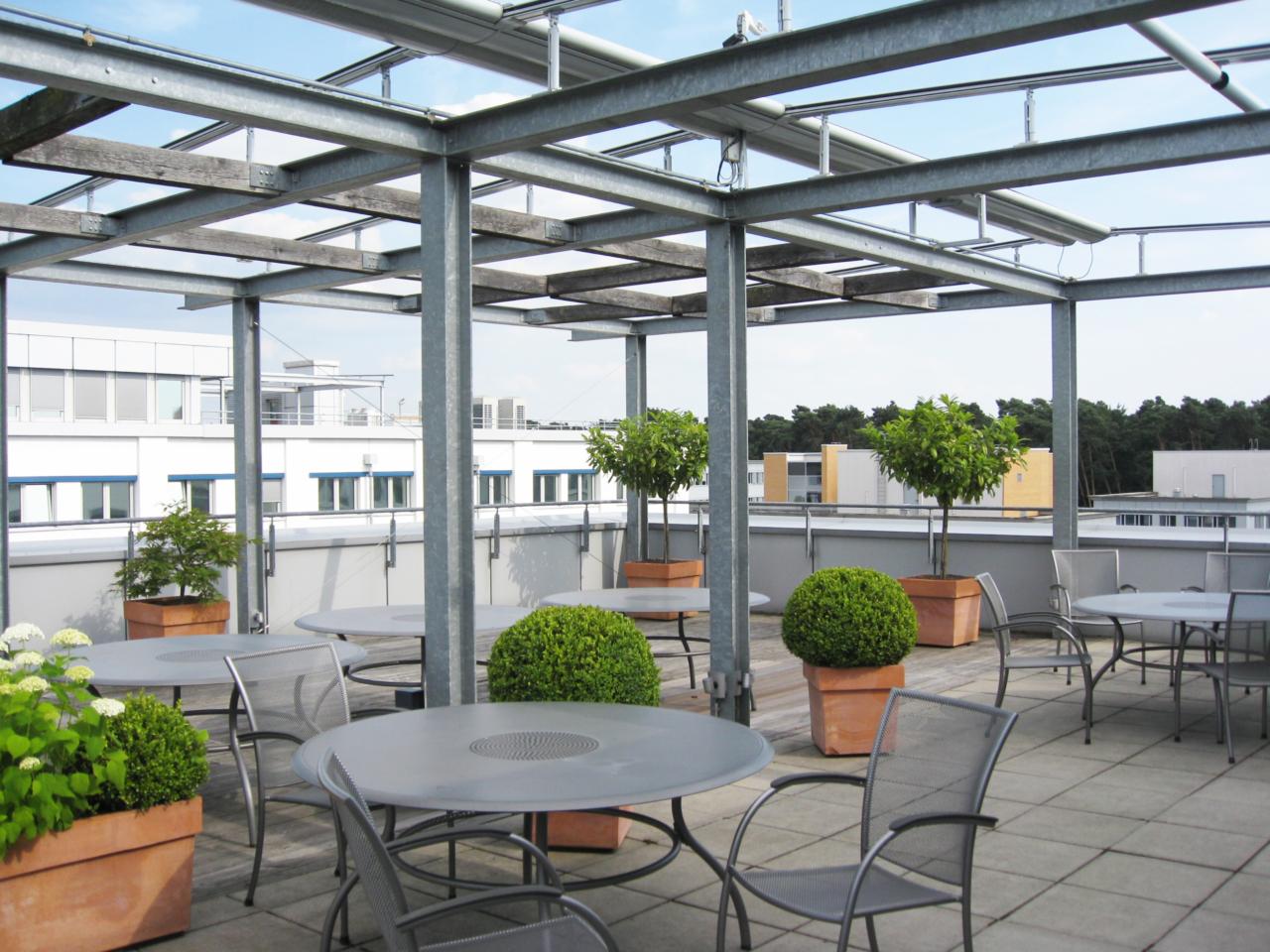 Dachgarten Bürogebäude Hugenottenalle Neu-Isenburg